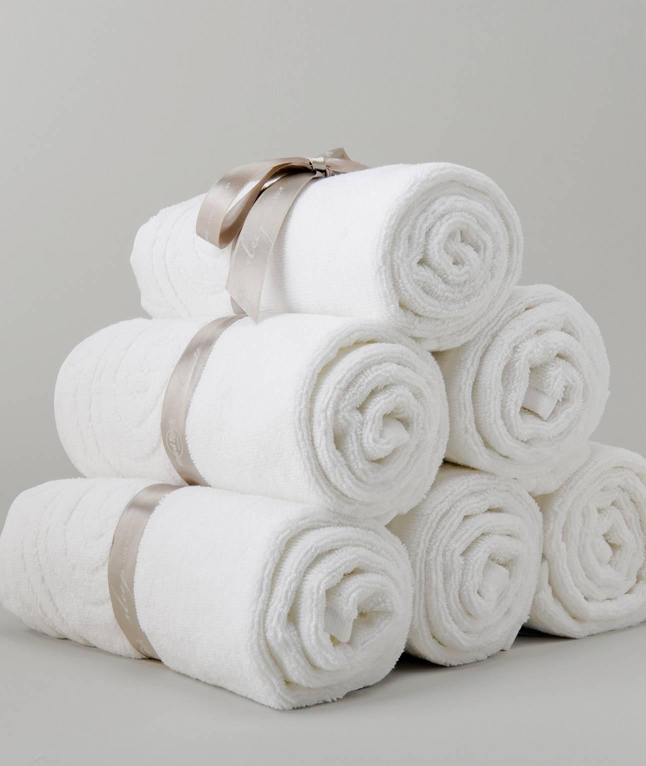 HRH Bath Towel.1