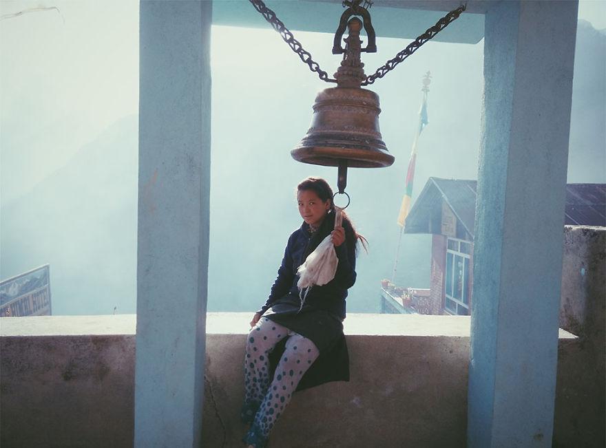 ---------------------------Kids-from-Nepal15  880 1