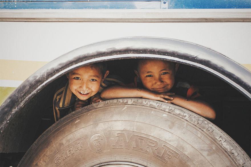------------------Kids-from-Nepal2  880