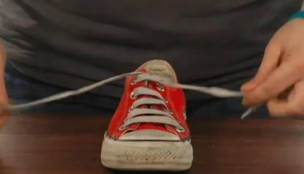 2-shoe-lace