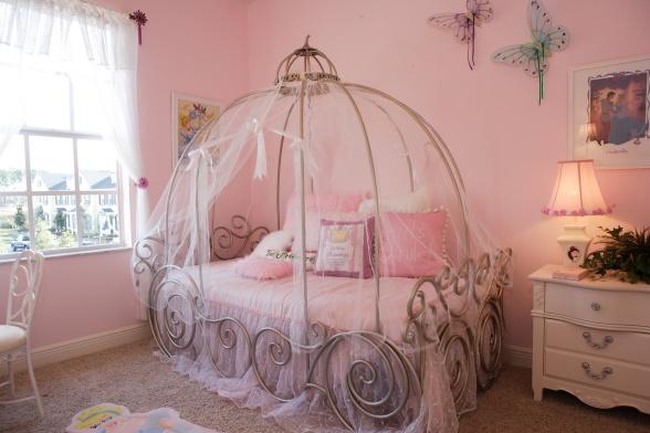 2fairytale-girl-room 2