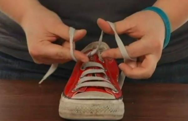 4-shoe-lace
