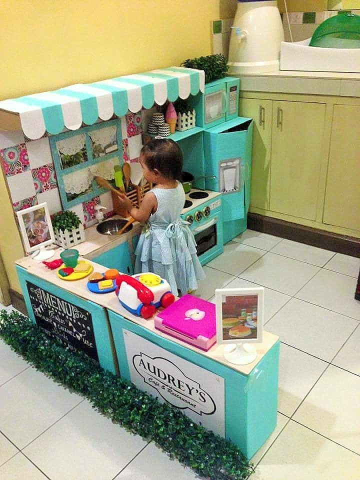 DIY Cardboard Play Kitchen Kids 8