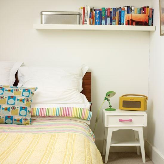 Retro inspired teen bedroom