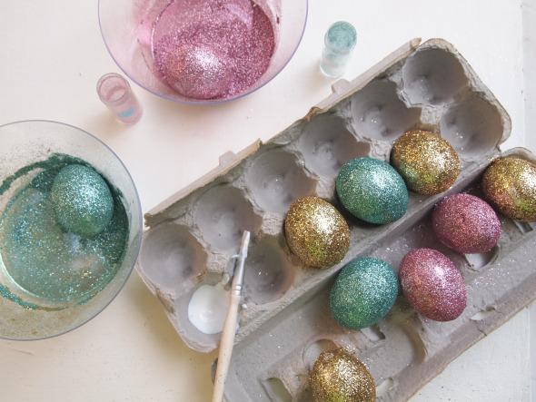 diy glitter easter eggs decorating ideas