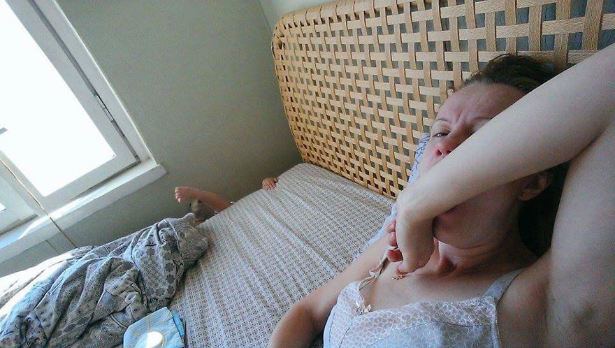 i documented what its like to be a mom with a selfie stick 2 880