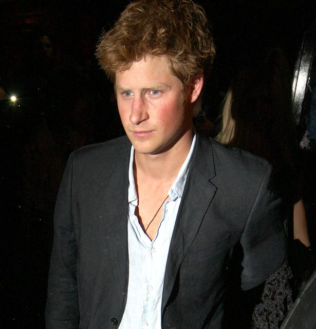 Prince-Harry-seen-leaving-Boujis-Nightclub-in-South-Kensington 1
