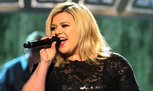 kelly clarkson2