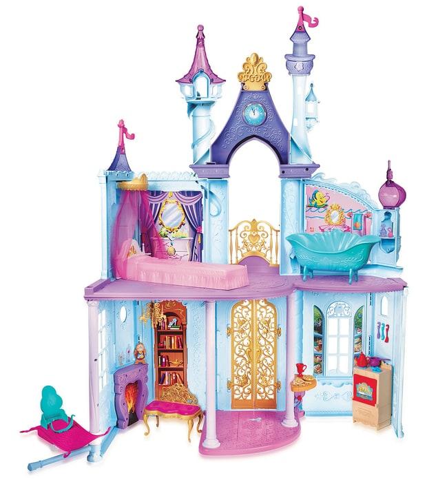 frozen inside castle inline 6f335295 68b7 45ee a6f6 600d0593edfc