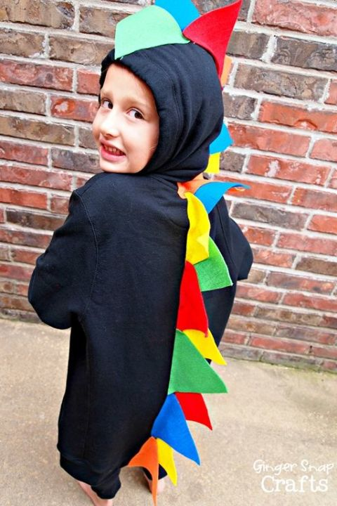 gallery-1466090984-dinosaur-halloween-costume