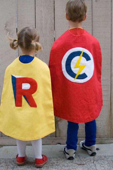 gallery-1469736219-costume3