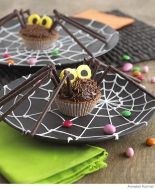 HalloweenRecipes SpiderCupcake P updated