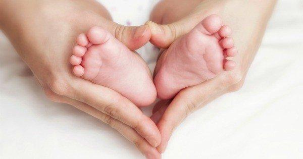 love babies feet 600x315