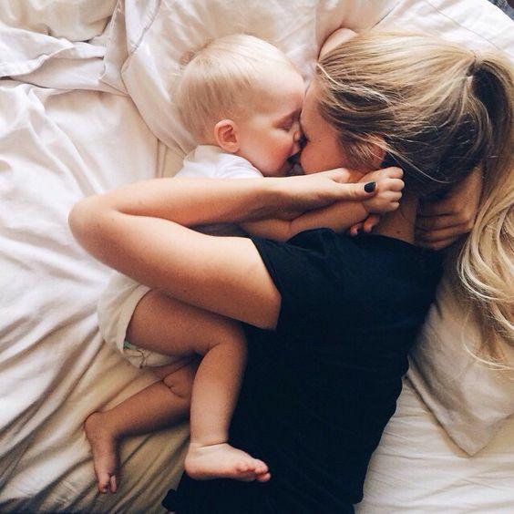 7 πράγματα που χρειάζεται πραγματικά μια μαμά από εσάς μόλις γυρίσει ... ed56222b15c