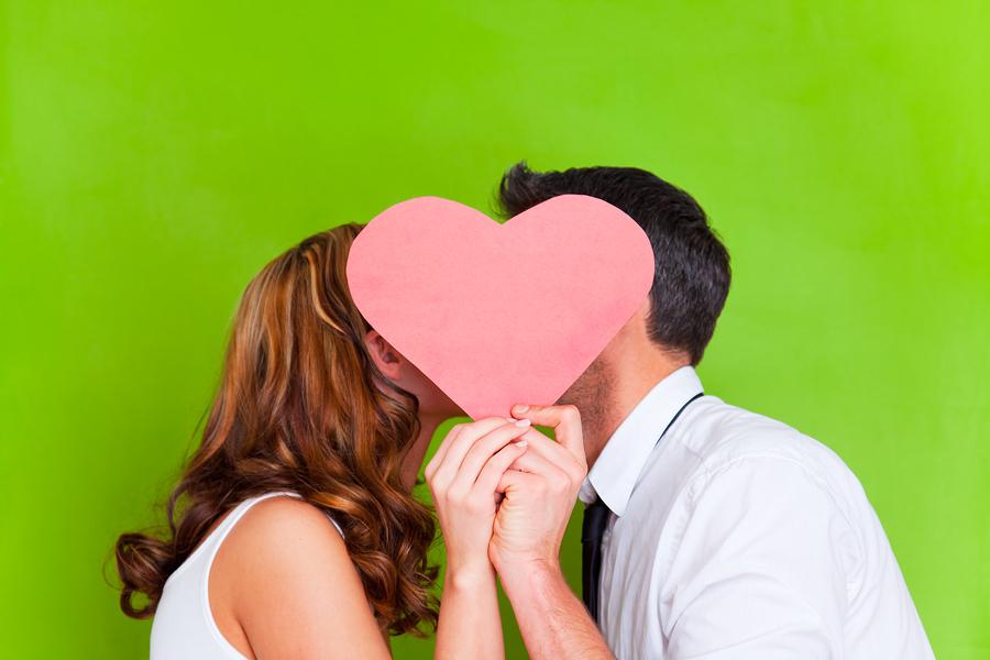 mhnymata agiou valentinou