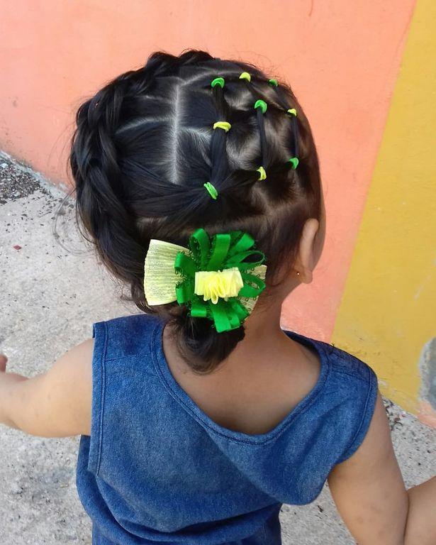 da1b1c24c8a Δεκαπέντε χτενίσματα για κοριτσάκια με μακριά μαλλιά, που κάνουν θραύση στο  Instagram - Mothersblog.gr