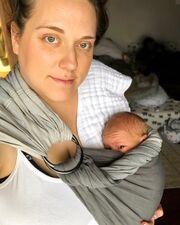 Νέα μαμά μοιράζεται μαζί μας τις πρώτες της εμπειρίες με το 2 μηνών ... ef2a37d42cc