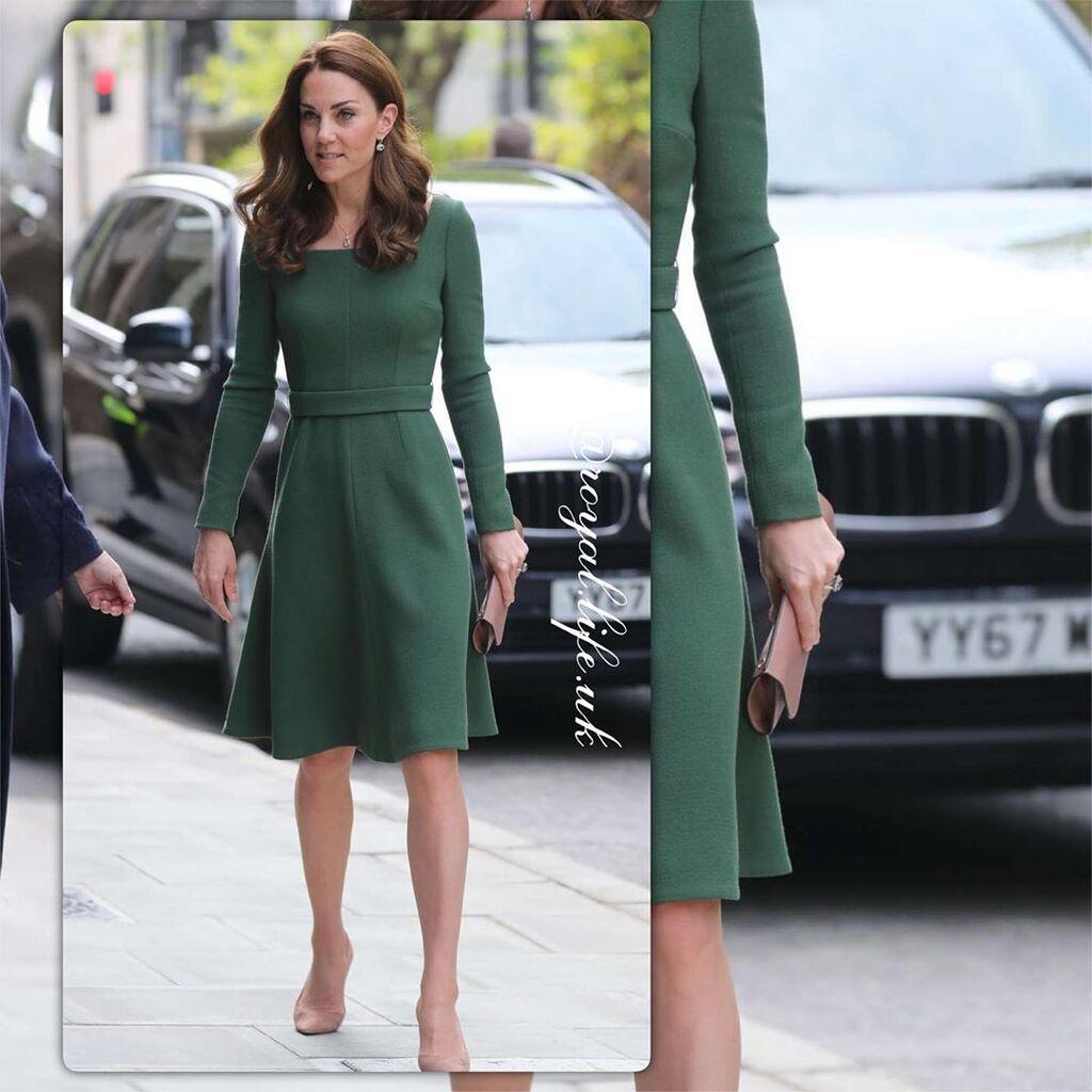 fae101232feb Kate Middleton  Θυμόμαστε τις πιο όμορφες εμφανίσεις της με πράσινο ...