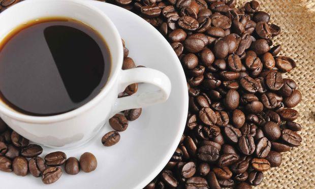 Έρευνα: Ο καφές που πίνετε δεν επηρεάζει τον ύπνο του μωρού