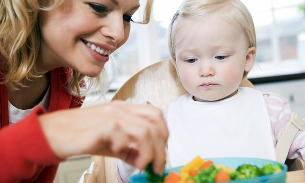 Πώς θα μάθω το παιδί μου να τρώει λαχανικά και όσπρια;