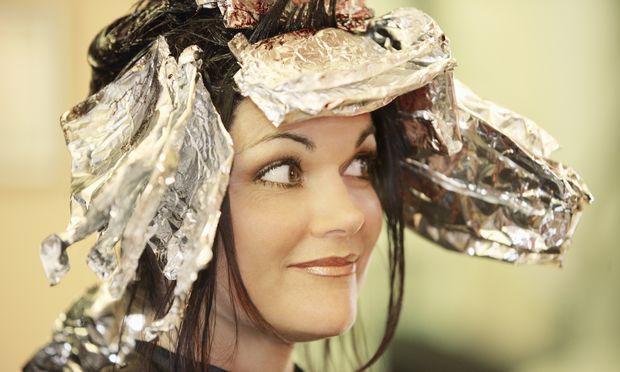 Εγκυμοσύνη: Τι θα κάνω με τα μαλλιά μου; Μπορώ να τα βάψω;