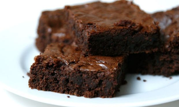 Φτιάξτε brownies από καρότο και σπανάκι