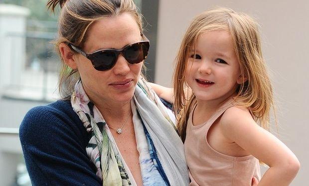 Jennifer Garner: Πώς ήταν η τρίτη εγκυμοσύνη;