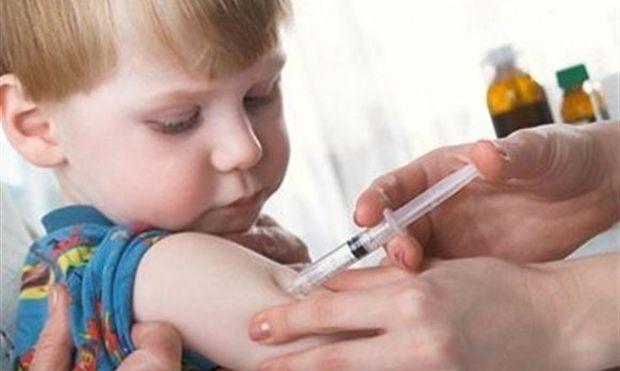 Συνεχίζεται το πρόγραμμα δωρεάν εμβολιασμού για τα παιδιά