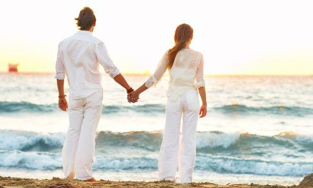 Έρευνα: Ο ήλιος βοηθά τη γονιμότητα και των δύο φύλων