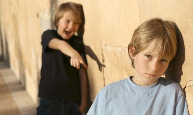 Αντιμετωπίζει το παιδί σας πρόβλημα με μεγαλύτερα παιδιά στο σχολείο;