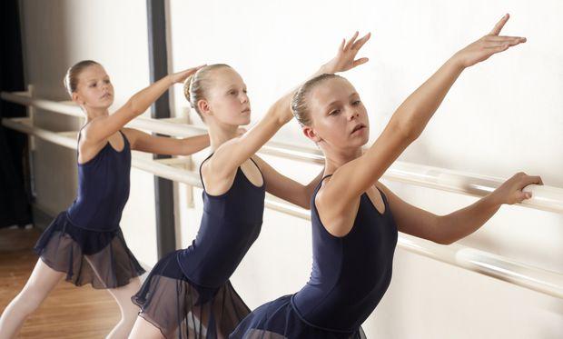 Θέλει κλασικό χορό. Να τον/την γράψω στη σχολή μπαλέτου;