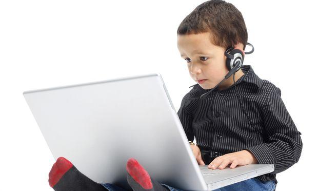 Πόσο επιβλαβή είναι τα ηλεκτρονικά παιχνίδια για τα παιδιά;