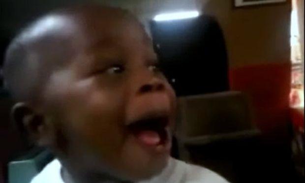 Βίντεο: Το πιο αστείο μωρό στο internet