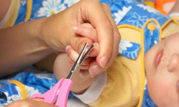 Πώς να φροντίσω τα νυχάκια του παιδιού μου;