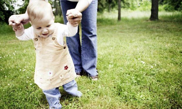 Πότε θα αρχίσει να περπατάει το μωρό μου;
