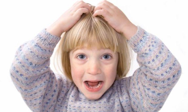 Πώς θα καταλάβω ότι το παιδί μου έχει ψείρες;