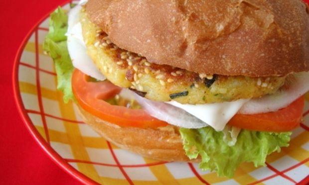 Burgers και μπουκίτσες λαχανικών