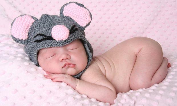 Πώς θα κάνω εύκολα το μωρό μου να χωνέψει;