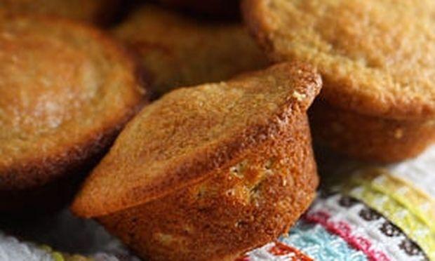 Muffins με γεύση μπανάνα