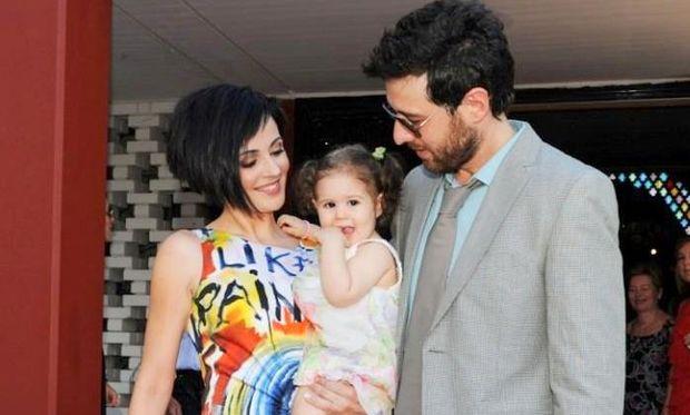 Μάνος Παπαγιάννης: «Η ζωή μου με την κόρη μου είναι σαν τον τελικό του Euro όταν κέρδισε η Ελλάδα»