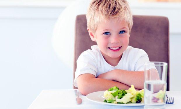 «Φάε παιδί μου σωστά!»