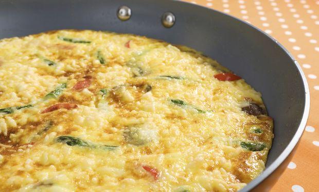 Εύκολη ομελέτα με λαχανικά για τα πιτσιρίκια σας!