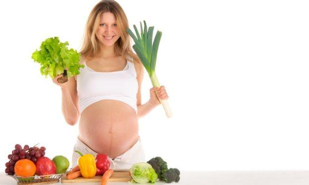 Λαχανικά & φρούτα: Γιατί πρέπει να τα πλένουμε καλά κατά τη διάρκεια της εγκυμοσύνης