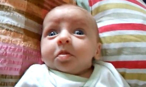Βίντεο: Η πιο αστεία φάτσα μωρού που έχετε δει!