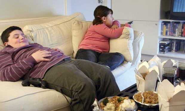 Έρευνα: Πώς η παχυσαρκία μπορεί να επηρεάσει τις σχολικές επιδόσεις του