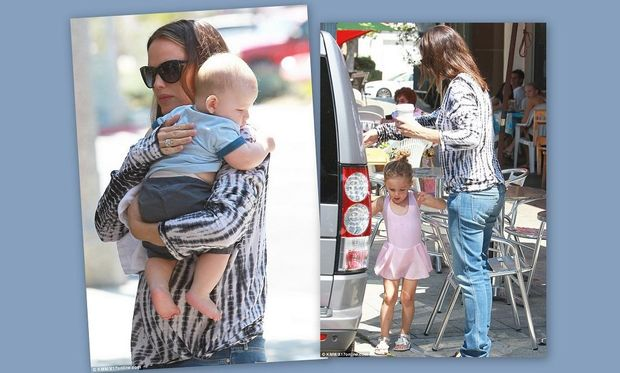 Jennifer Garner: Για παγωτό με τα παιδιά της!