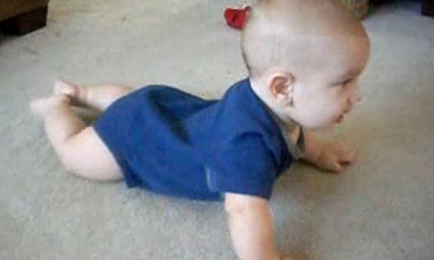 Βίντεο: Δείτε τον μικρότερο χορευτή που θα έχετε δει ποτέ!