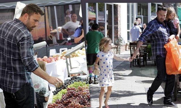 Ben Affleck: Ψωνίζει με τις κόρες του φρέσκα φρούτα!