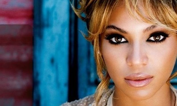 Beyonce: «Έχασα τα περισσότερα κιλά με τον θηλασμό»