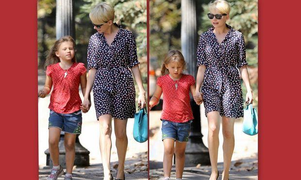 Michelle Williams: Βόλτα με την κόρη της!